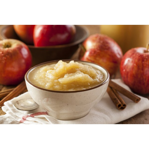 Applesauce has high amounts of fructose.