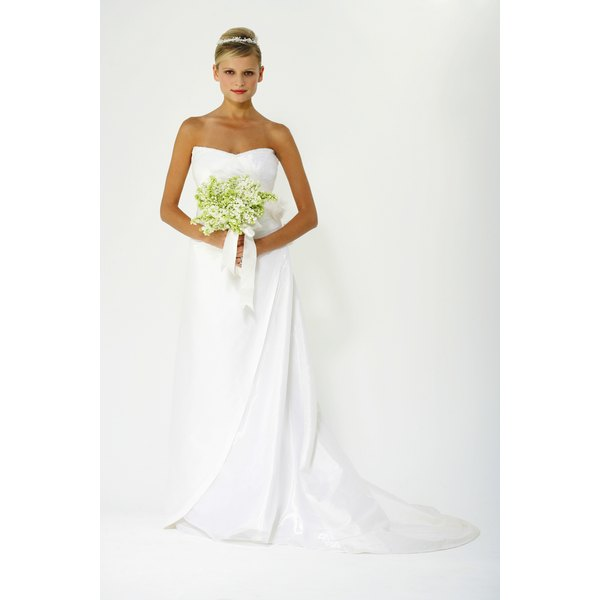 The Bridal Association Of America States Average Cost A Wedding Dress Is 1505