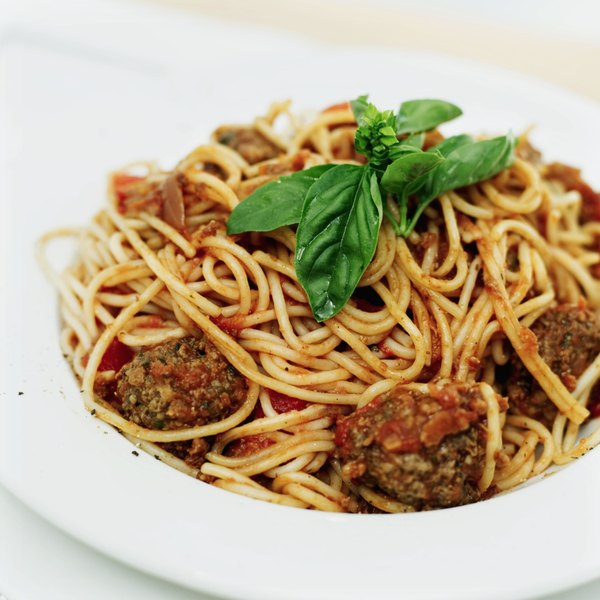 Spaghetti with meatballs is an entree that contains cholesterol.