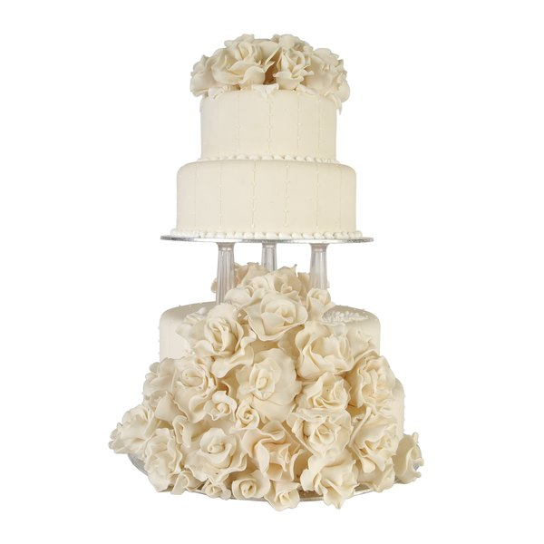 Fill in the blanks of your wedding cake tiers with staircases.