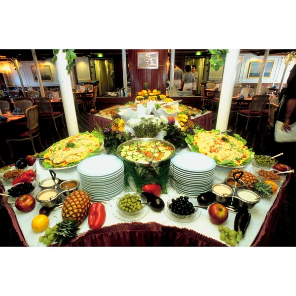 A golf tournment buffet can be elegant or casual.