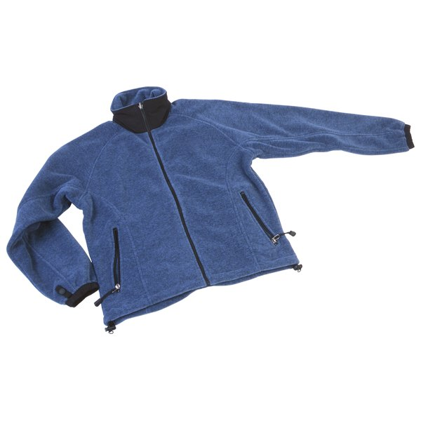Fleece jackets made out of wool or synthetic material can be dyed.