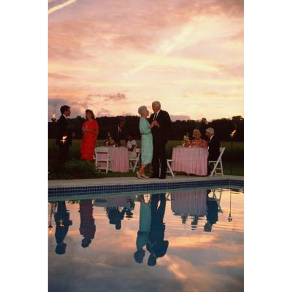 Emily Post Wedding Gift Etiquette: Proper Etiquette For A 25th Wedding Anniversary Party