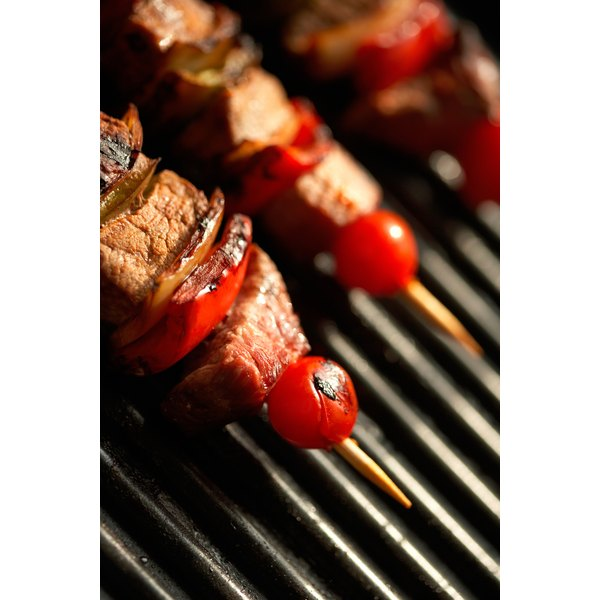 Serve steak kabobs with complementary food.