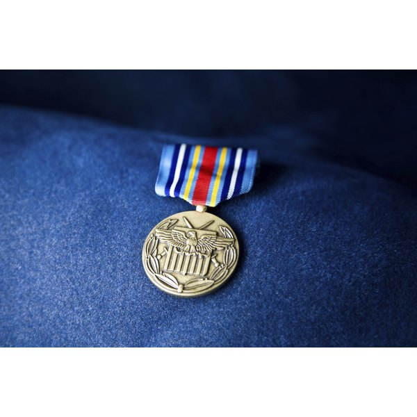 Dress blue alphas single medal placement