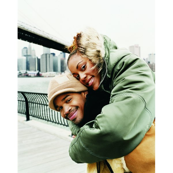 Couple in New York in the winter