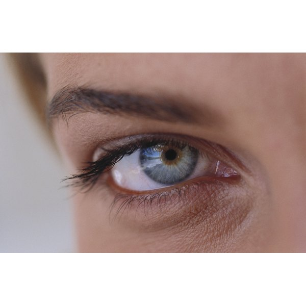 Emu oil might strengthen and lengthen your eyelashes.