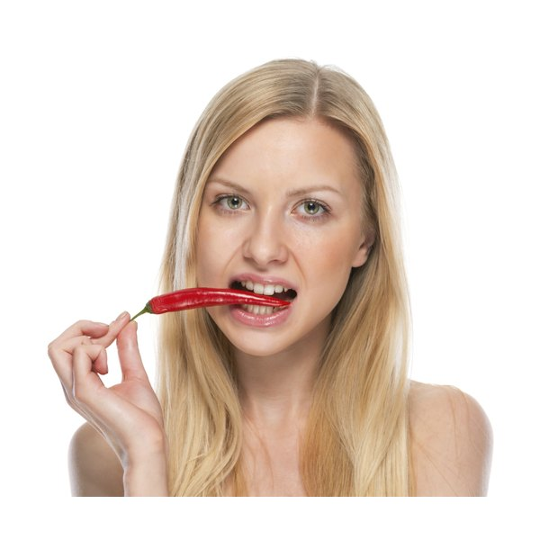 Cayenne pepper does not raise miscarriage risk.