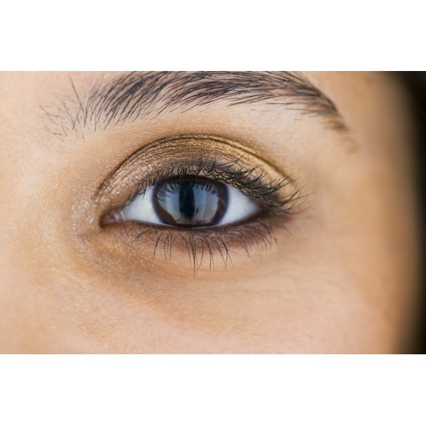 How To Keep Eyelashes From Falling In Your Eyes Our Everyday Life
