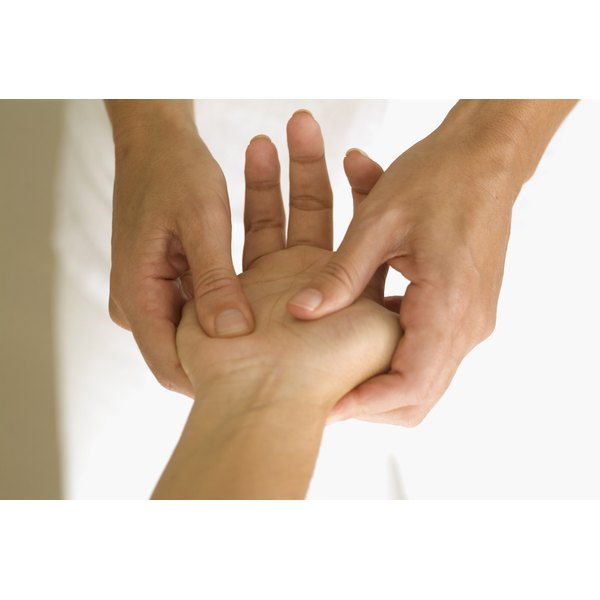 Pain in your fingers indicates a systemic circulation problem, according to TCM.