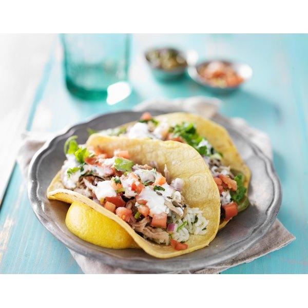 A delicious looking taco.