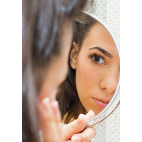 Sudden outbreaks of adult acne are an important health sign.