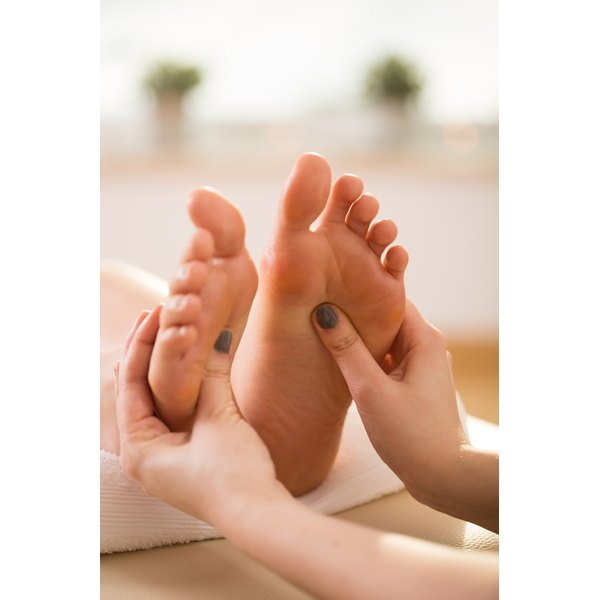 Acupressure treatment during mid-cycle may help stimulate ovulation.