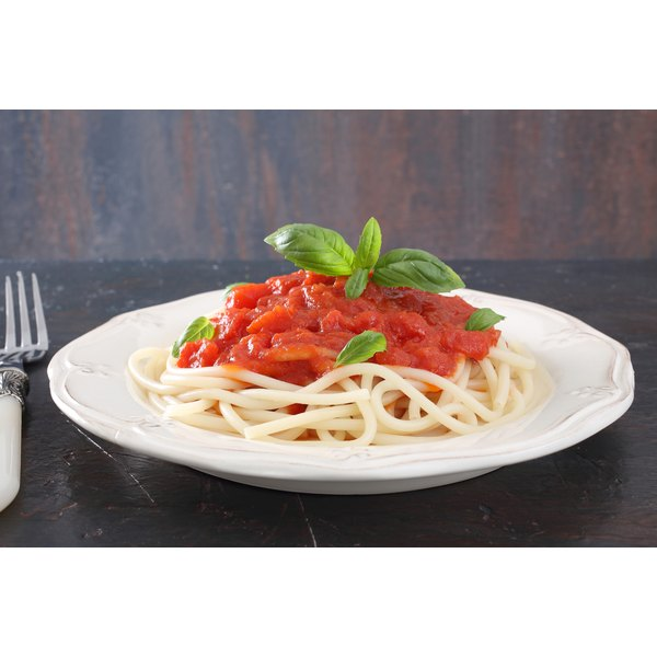 Tomato sauce is low in cholesterol.