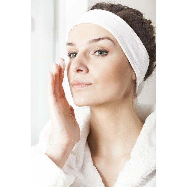 Retinoids can be used over the whole face.