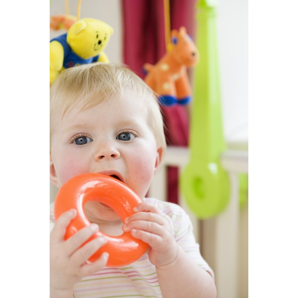 When it comes to teething foods, put safety first.