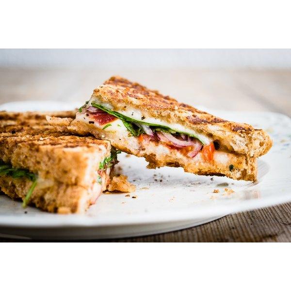 A sandwich on whole grain toast.