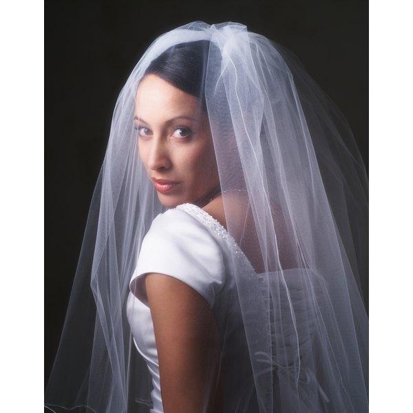 How To Make An Edge For A Bridal Veil
