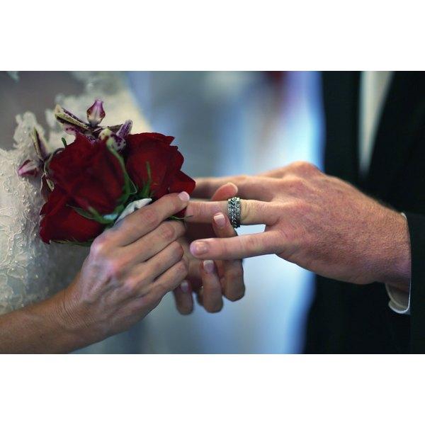 Exchange of rings during wedding