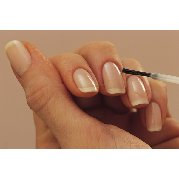 White Iodine Can Strengthen Your Nails