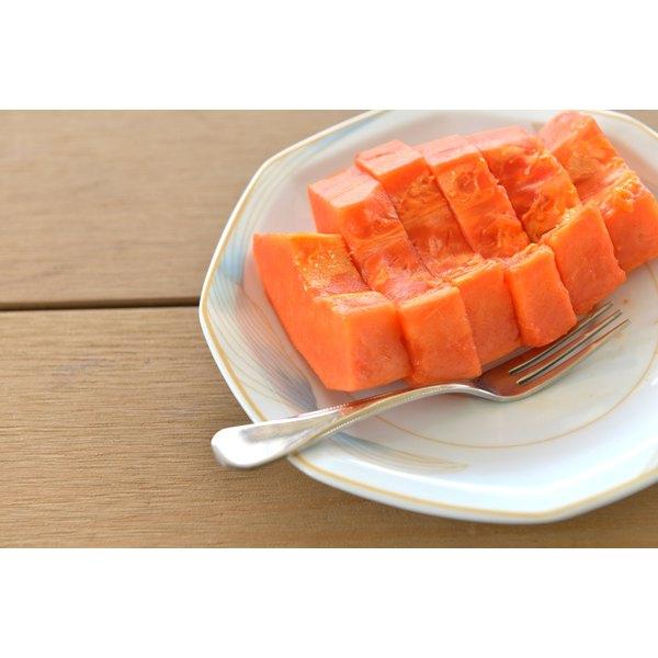 Chopped papaya on a plate