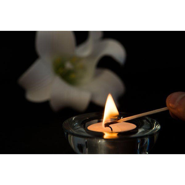 Many people view a memorial service as a way to celebrate the life of the deceased person.