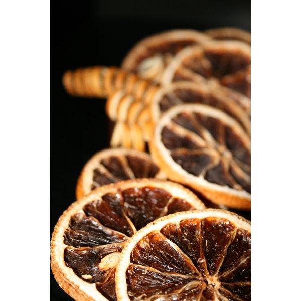 Dried citrus creates a pleasant potpourri aroma.
