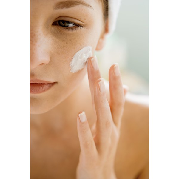 An irritated, itchy face caused by dry or sensitive skin can be relieved and soothed with the right moisturizer.