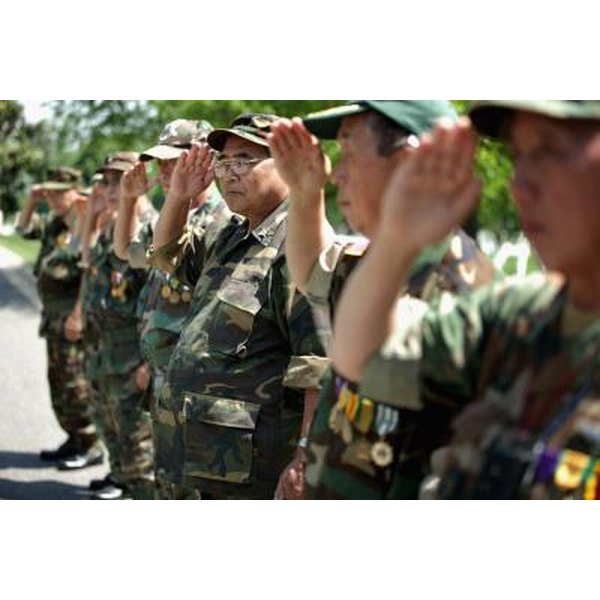 how did the hmong become involved in the vietnam war? quizlet