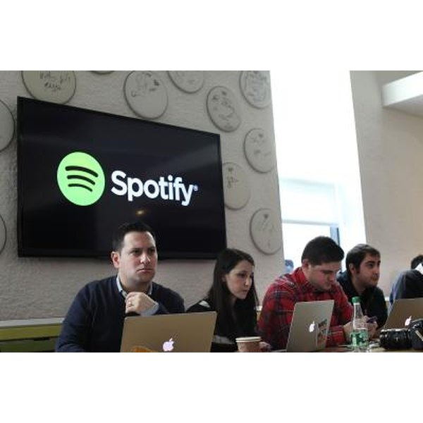 Does Spotify for iPhone Use the Internet?