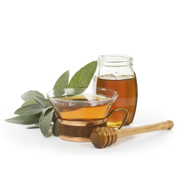 Components in honey and tea may help you lose a little weight.