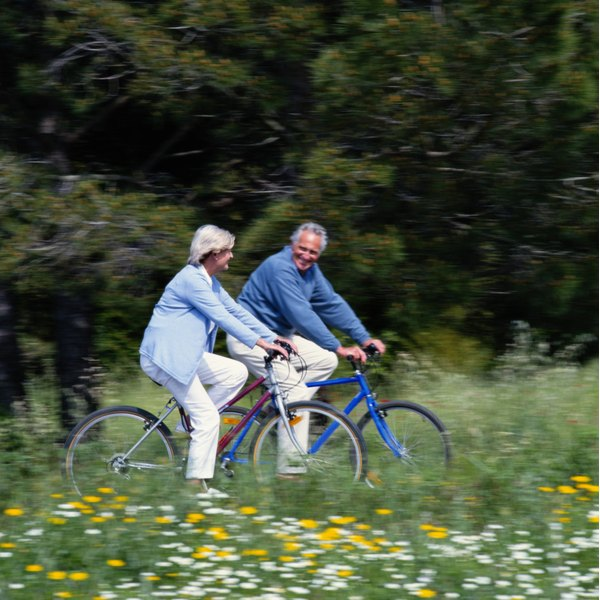 Leisurely exercise can improve symptoms of shingles.
