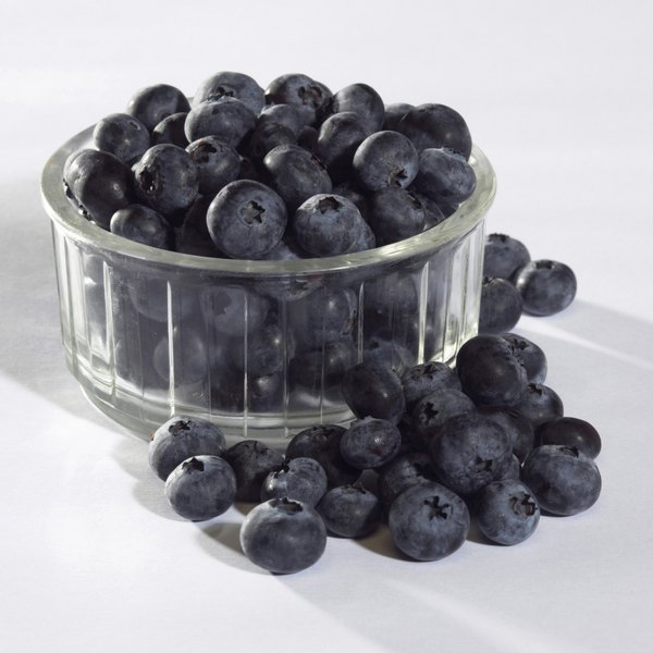 You may reduce your symptoms by eating a variety of antioxidants, which can be found in blueberries.