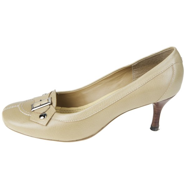 In a traditional pump, the nude shoe is ideal for the workplace.