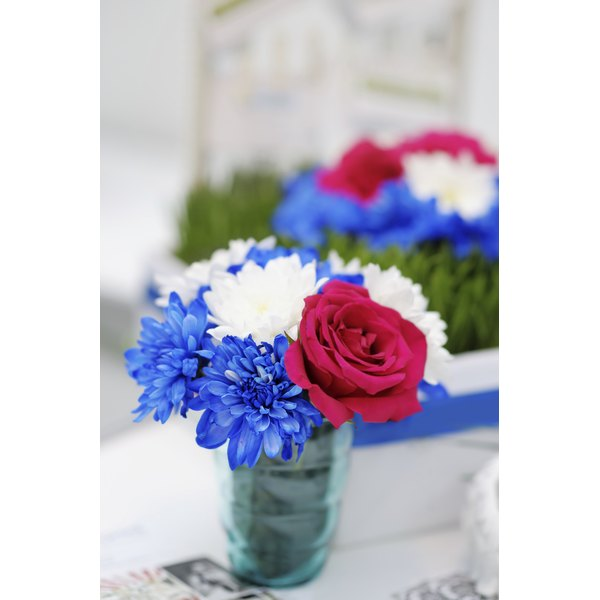 Ideas for memorial day flower arrangements our everyday life small vase filled with red white and blue flowers mightylinksfo