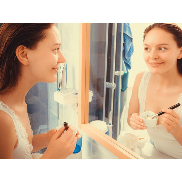 Buying commercially available blackhead treatments can be costly and time-consuming.