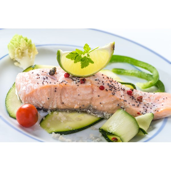 Serve salmon with your favorite veggies for a fat loss-friendly meal.
