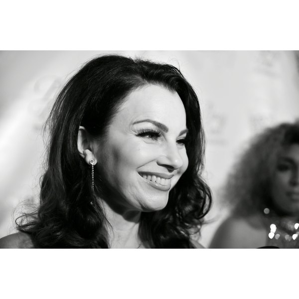 Fran Drescher bravely recounts a horrifying personal trauma and its connection to her uterine cancer.