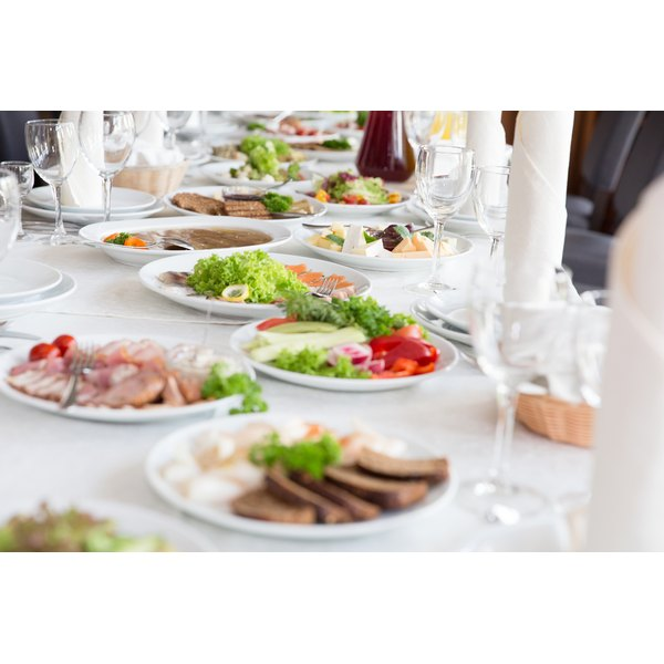 Simple Wedding Reception Food: Cheap Self-Catered Wedding Reception Menu Ideas
