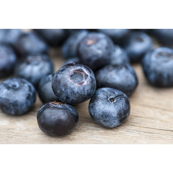 How to Cook Down Fresh Blueberries