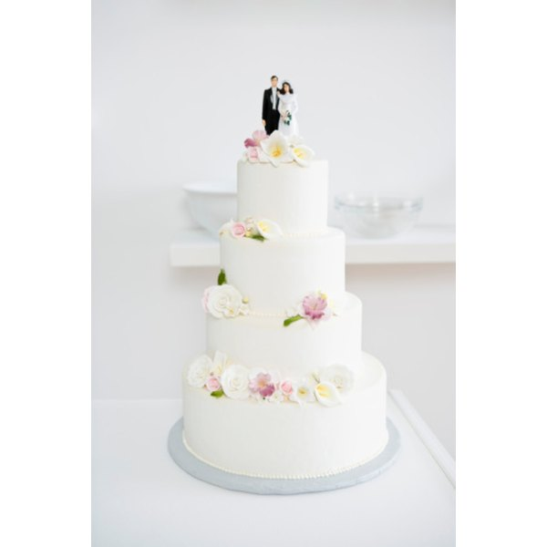 how to defrost wedding cake after 1 year proper ways to thaw a wedding cake our everyday 15698