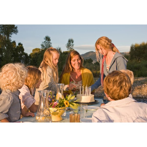 A birthday party with a large number of attendees can still feel intimate if it is well-planned.