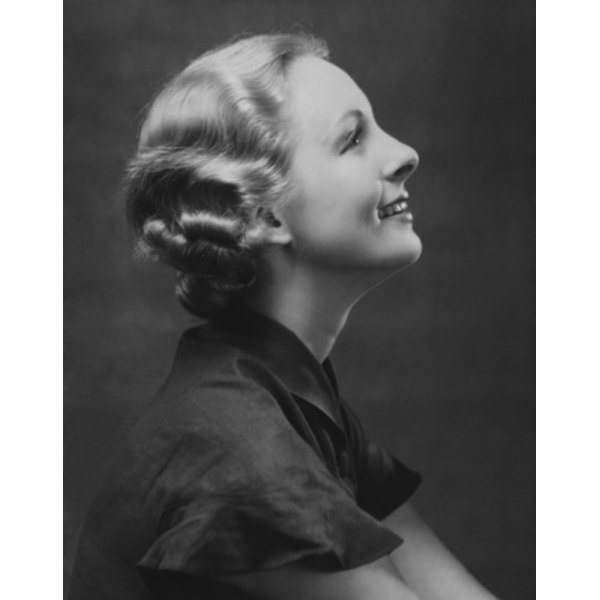The Short Womens Haircuts Of The 1940s Our Everyday Life