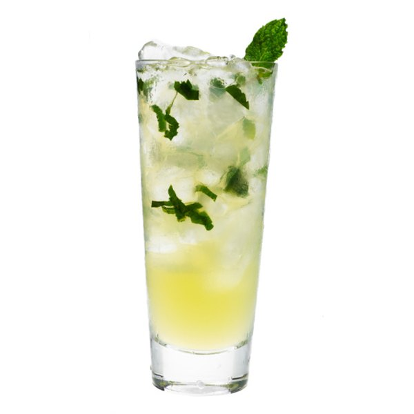 The mojito is a cocktail originally from Cuba that has won over American popular culture.
