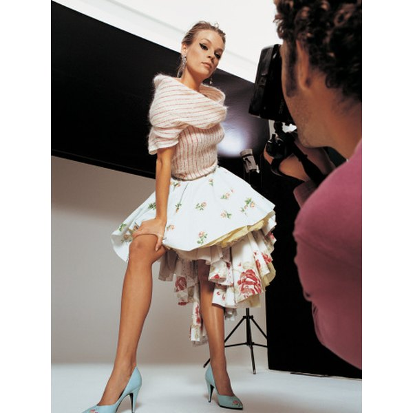 Black Fashion Models Poses: How To Practice Modeling Poses