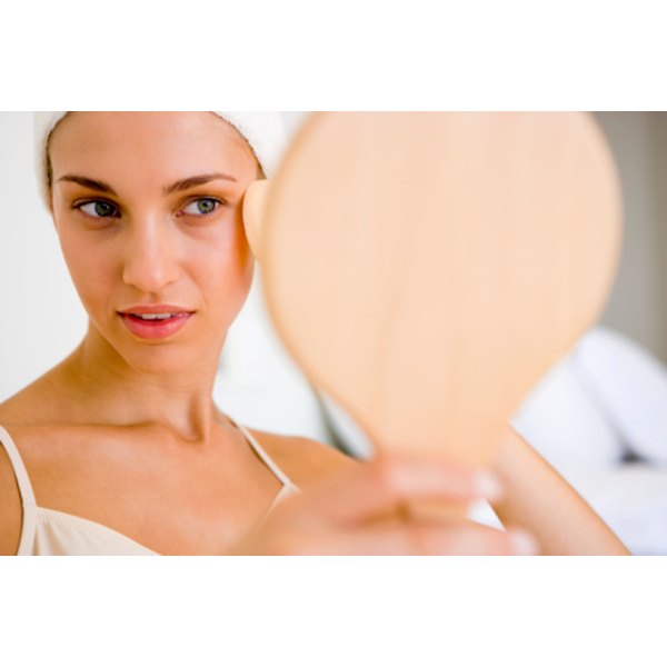 Get the appearance of a non-surgical face-lift at home.