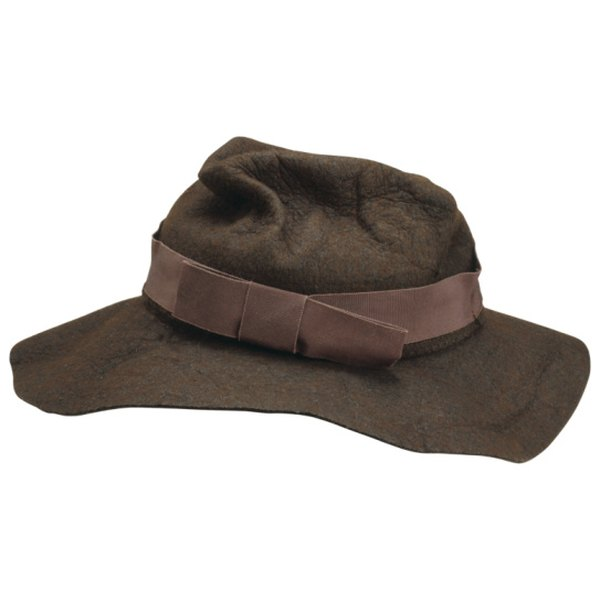 Reshape a felt hat with steam.