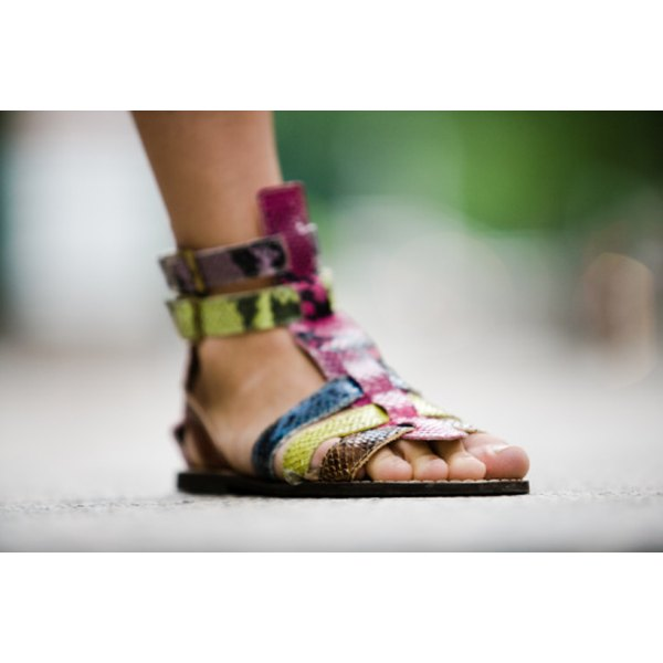Sandals smell fresh by keeping your feet clean and dry.