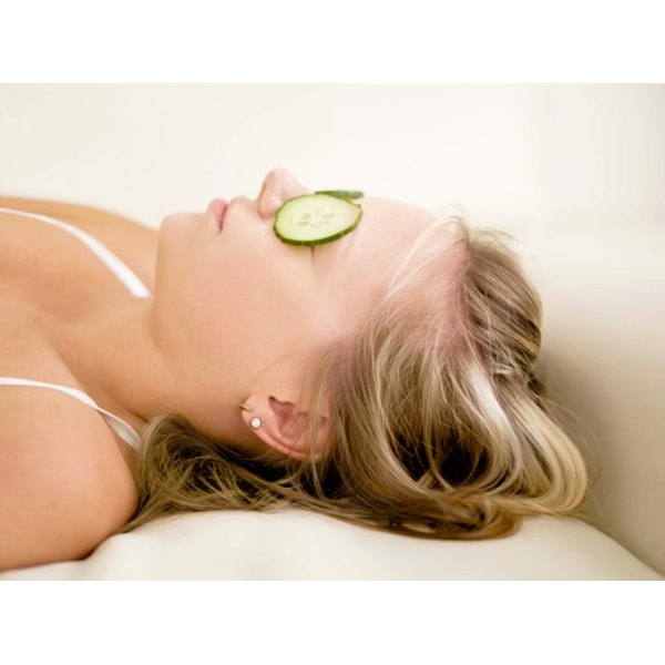 Cold cucumbers placed on the eyes can help get rid of puffiness.