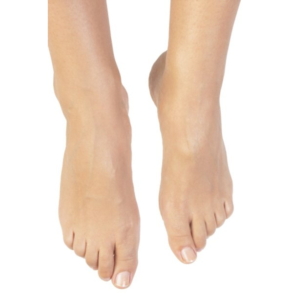 The color of your feet should match the rest of your tanned body.